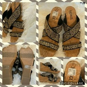 XOXO Belicia Studs Wedges New Size 8.5